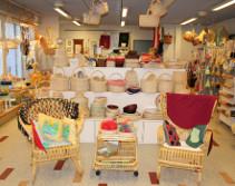 Sampolassa valmistetaan monenlaisia tuotteita.